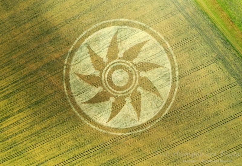 hampshire26072020b Se reportan más Crop Circle en distintas partes del mundo este mes